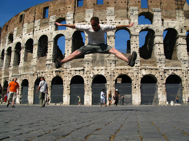 Robin Esrock at the Colosseum
